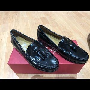 Weejuns loafer